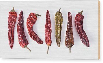Dried Peppers Lined Up Wood Print