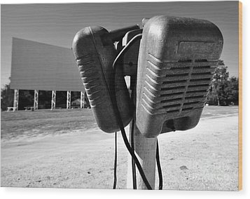 Drive In Speakers Wood Print by David Lee Thompson