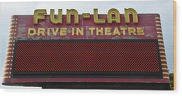 Drive Inn Theatre Wood Print by David Lee Thompson
