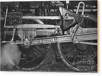 Driving Wheels Wood Print by Richard Rizzo