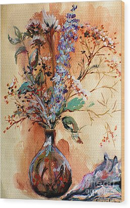 Dry Flowers Wood Print by Linda Shackelford