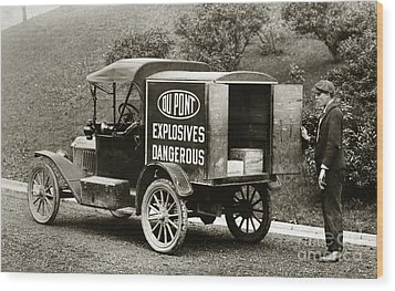 Du Pont Co. Explosives Truck Pennsylvania Coal Fields 1916 Wood Print
