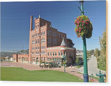 Dubuque Star Brewery Wood Print