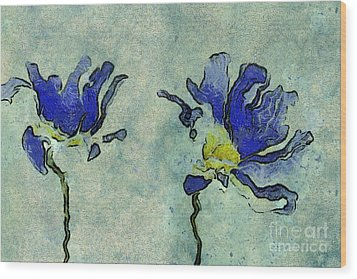 Duo Daisies - 02dp3b22 Wood Print by Variance Collections