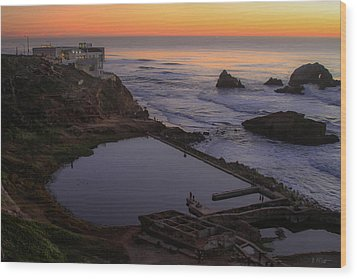 Dusk At Sutro Baths Wood Print