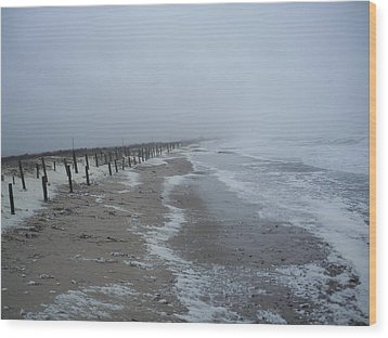 Wood Print featuring the photograph Duxbury Beach Foam by Conor Murphy