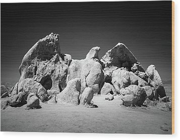 Wood Print featuring the photograph Eagle Rock Infrared by Alexander Kunz