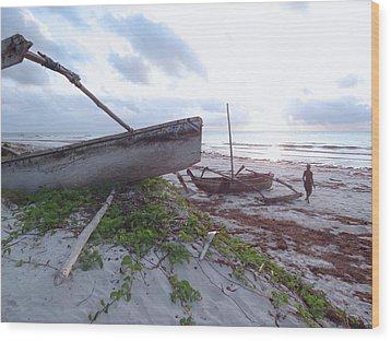 early morning African fisherman and wooden dhows Wood Print
