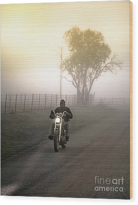 Early Rider In Fog Wood Print by Robert Frederick