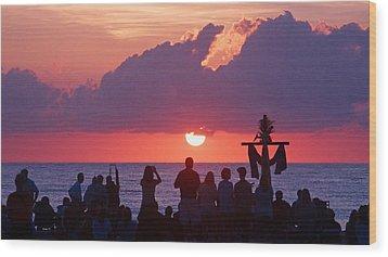 Easter Sunrise Beach Service Wood Print