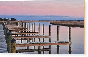 Eastern Shore On The Docks Wood Print