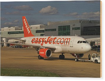 Wood Print featuring the photograph Easyjet Airbus A319-111  by Tim Beach