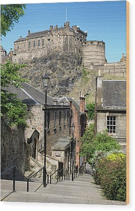 Wood Print featuring the photograph Edinburgh Castle From The Vennel by Jeremy Lavender Photography