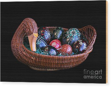 Eggs In A Goose Basket Wood Print by E B Schmidt