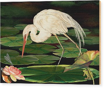 Egret Fishing In Lily Pads Wood Print