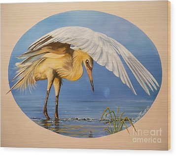 Wood Print featuring the painting Egret Fishing by Sigrid Tune