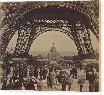 Eiffel Tower, View Toward The Central Wood Print by Everett