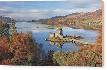 Wood Print featuring the photograph Eilean Donan In Autumn - Dornie by Grant Glendinning