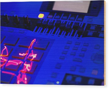 Electric Beats Wood Print by Michael Wilcox
