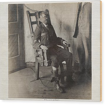 Electric Chair, 1908 Wood Print by The Branch Librariesnew York Public Library
