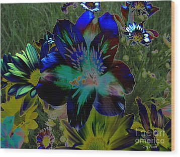 Wood Print featuring the photograph Electric Lily by Greg Patzer