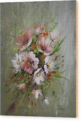 Elegant Flowers Wood Print by David Jansen