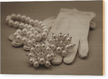 Elegant Lifestyle Wood Print by Patrice Zinck