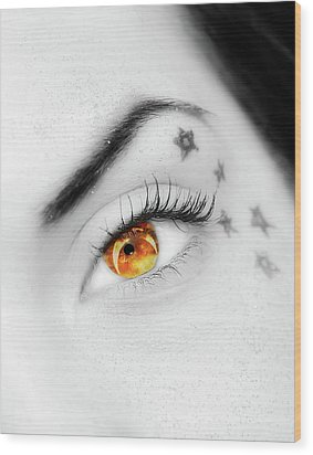 Eclipse And Lashes Wood Print