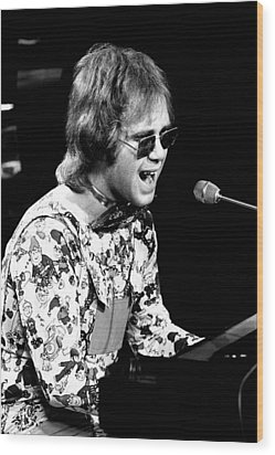 Elton John 1970 #3 Wood Print by Chris Walter