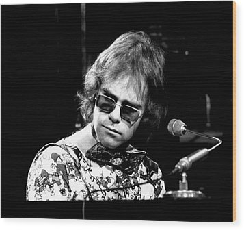 Elton John 1970 #2 Wood Print by Chris Walter