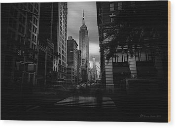Wood Print featuring the photograph Empire State Building Bw by Marvin Spates