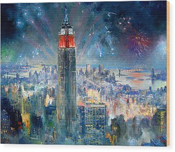 Empire State Building In 4th Of July Wood Print by Ylli Haruni