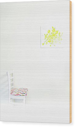 Empty Chair With Yellow Roses Wood Print