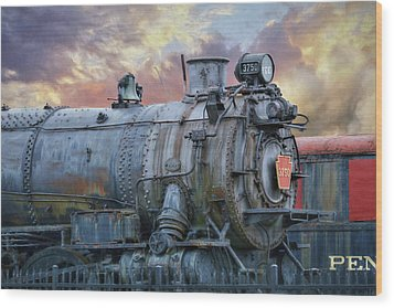 Wood Print featuring the photograph Engine 3750 by Lori Deiter