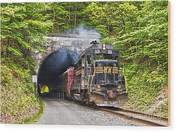 Engine 501 Coming Through The Brush Tunnel Wood Print by Jeannette Hunt
