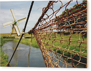 Wood Print featuring the photograph Enkhuizen Windmill And Nets by KG Thienemann