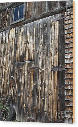 Enter The Barn Wood Print