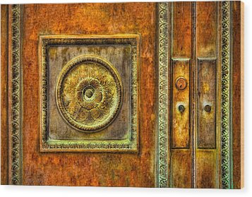 Entrance Wood Print by Susan Candelario