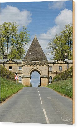 Entrance To Burghley House Wood Print