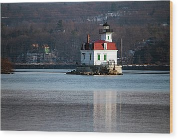 Esopus Lighthouse In December Wood Print by Jeff Severson