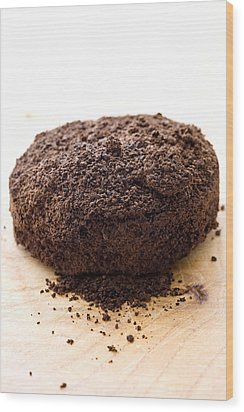 Espresso Coffee Grounds Wood Print by Frank Tschakert