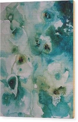 Essence Of Flower Wood Print by Elizabeth Carr