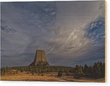 Evening Time At Devils Tower Wood Print