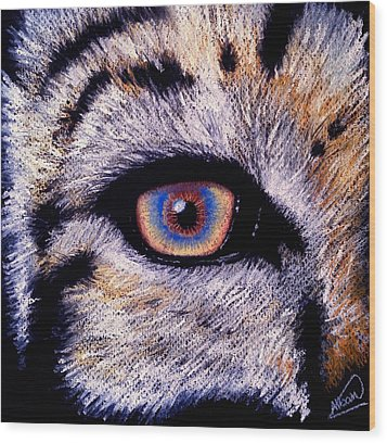 Eye Of A Tiger Wood Print