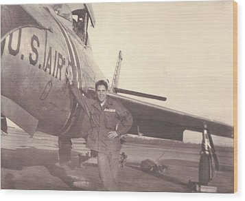 F-84f Thunderjet 1955 Wood Print by Paul Clinkunbroomer