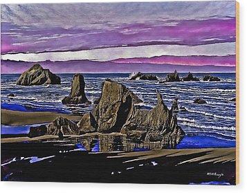 Face Rock At Bandon Beach Wood Print by M S McKenzie
