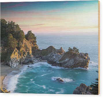 Fade To Paradise Wood Print by Peter Irwindale