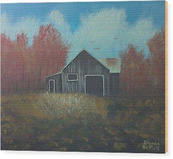 Autumn Barn Wood Print by Brenda Bonfield