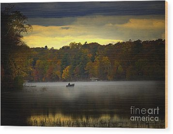 Fall Morn On The Chippiwa Wood Print by The Stone Age
