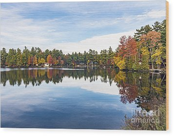 Wood Print featuring the photograph Falling For New Hampshire by Anthony Baatz